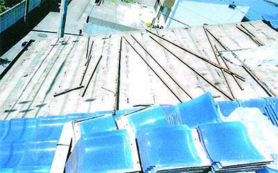 施工事例|屋根ビス追加工事2